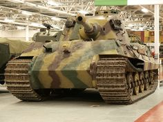 Panzerkampfwagen VI Ausf. B «Tiger II» ( Sd.Kfz. 182) with Henschel tower ,Tank Museum in Bovington