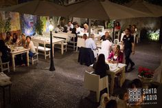 A trendy seafood, sushi and fish speciality restaurant in Funchal old town inspired by old fishmongers with a varied selection of fresh and local ingredients. Funchal, Santa Maria, Old Town, Night Life, The Best, Outdoors, Restaurant, Events, Happenings
