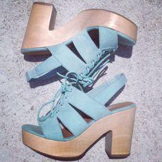 Kara from Neon Cherokee with the #ShoeCult Cybill Sandal    Get the heels: http://www.nastygal.com/sale/shoe-cult-cybill-sandal--mint?utm_source=pinterest&utm_medium=smm&utm_term=ngdib&utm_content=the_cult&utm_campaign=pinterest_nastygal
