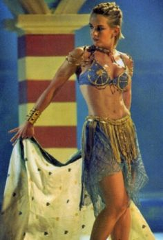 I loved watching Gabrielle dance! So Sexy!