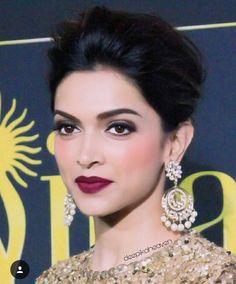 Glam look on my lipstick Indian Film Actress, Indian Actresses, Bollywood Fashion, Bollywood Actress, Deepika Padukone Makeup, Dipika Padukone, Saree Jewellery, Beauty Makeup, Hair Beauty