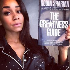 """""""Life returns what you give it. Donate your best. Set your goals. Make your plans. Take action and chase your dreams. That's what personal responsibility is all about. But once you've done your best - let go. And let life do the rest."""" Wonderful advice in The Greatness Guide by Robin Sharma #bestseller#sundayfunday#desiremap#robinsharma#success#motivation#goodread#inspiration#womenwhowork#girlboss#selfcare#karma Robin Sharma, Set Your Goals, Chase Your Dreams, Success Coach, The Monks, Take Action, Girl Boss, How To Plan, How To Make"""