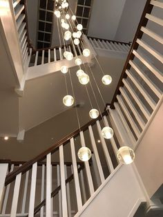 2017 Trends for Modern Hallway Design Apartments is about creating the best lobby design standards to create comfort in your home so that it creates the ideal l Led Hallway Lighting, Stairwell Chandelier, Staircase Lighting Ideas, Staircase Design, Pendant Lighting, House Lighting, Pendant Lamps, Chandelier Bulle, Bubble Chandelier