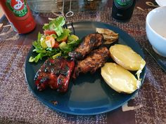 Recipe to cook some Chicken Shashlyk: delicious Russian style chicken skewers marinated and cooked with onion on the barbecue or in the oven. My Recipes, Chicken Recipes, Cooking Recipes, Cooking Ideas, Chicken Skewers, Chicken Potatoes, Barbecue Chicken, Gluten Free Cooking, Easy Salads