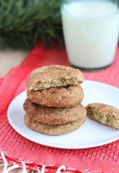 Skinny Snickerdoodles {vegan and gluten-free} so soft they melt in your mouth. Made with oat flour and coconut oil.