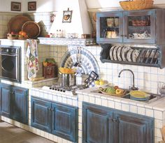 Astounding Italian Kitchen Decoration With Navy Blue Cabinetary Design