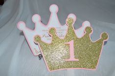 Listing for 12 princess themed invitations on a glittery gold crown. Measuring at approximately 5 by 7. Can be customized to a different color or birthday, just ask. Goes perfectly well with the rest of our princess items in the shop. *Envelopes not included.