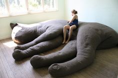 giant cat sofa  If my house was big enough I would totally OWN THIS!