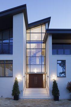 ideas contemporary entrance door entryway for 2019 Front Door Entrance, Door Entryway, House Front Door, House Front Design, House With Porch, House Entrance, Door Design, Exterior Design, Front Entrances