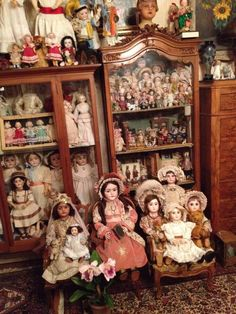 Porcelain In China History Dollhouse Dolls, Miniature Dolls, Girl Dolls, Baby Dolls, Doll Display, Reborn, China Dolls, Bisque Doll, Old Dolls