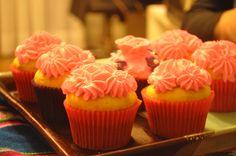 Y a la hora del té........... Desserts, Food, Tea Time, Products, Tailgate Desserts, Deserts, Essen, Dessert, Yemek