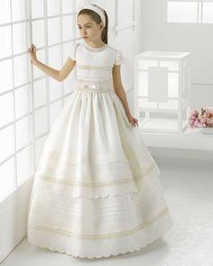 99113   vestido de comunión corte evasé
