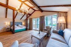 Exklusives Penthouse für einzigartigen Aufenthalt am Millstätter See Bed, Furniture, Home Decor, Tourism, Destinations, Vacation, Viajes, Homes, House