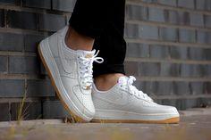 Nike Air Force 1 '07 PRM White/White-Metallic Gold - 616725-104