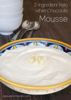 This keto white chocolate mousse is a rich and decadent sugar-free dessert made with just TWO ingredients! White Chocolate Mousse, Low Carb Chocolate, White Chocolate Chips, Chocolate Flavors, Chocolate Recipes, Sugar Free Sweets, Sugar Free Recipes, Best Low Carb Recipes, Whole Food Recipes