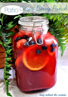 This patio Citrus Berry Punch is not only inexpensive but also easy to make. Dress this punch up with fresh or frozen fruit. #recipes #food #foodie #ladybehindthecurtain
