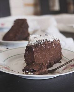 Jagielnik czekoladowy bez pieczenia Vegan Dessert Recipes, Cake Recipes, Other Recipes, Sweet Recipes, Eat Happy, Good Food, Yummy Food, Christmas Party Food, Healthy Sweets