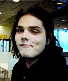 Gee looks cute no matter what his face is doing