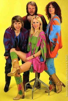 ABBA is Benny Andersson, Björn Ulvaeus, Anni-Frid Lyngstad and Agnetha Fältskog. Live and art photos of ABBA. Janis Joplin, Banda Abba, Nana Mouskouri, Mundo Musical, Moda Retro, John Travolta, Kinds Of Music, 70s Fashion, Vintage Fashion