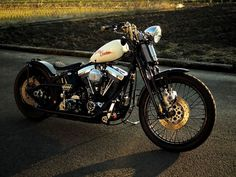 Harley-Davidson Bobber by Nuts Custom Cycles #motorcycles #bobber #motos | caferacerpasion.com
