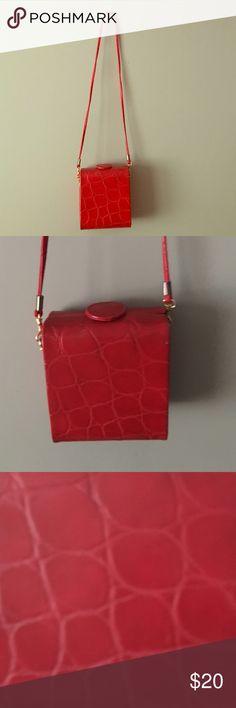 Vintage red bag 1980-1990's Vintage red bag 1980-1990's Unbrand Bags Crossbody Bags