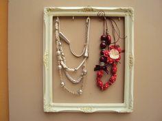 Porta orecchini fai da te idee originali pinterest - Porta gioielli ikea ...