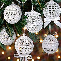 Christmas Snowballs Thread Crochet Pattern (ePattern Download)