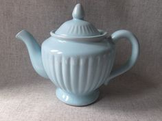 Valiant Made in Japan Robin's Egg/Powder Blue Fluted Pedestal Teapot