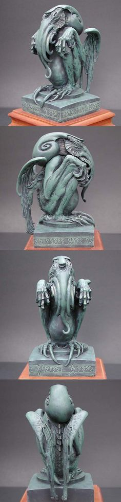 Cthulhu sculpture designed by Stephen Hickman Hp Lovecraft, Lovecraft Cthulhu, Kraken, Necronomicon Lovecraft, Lovecraftian Horror, Call Of Cthulhu, Creature Design, Dark Art, Fantasy Art