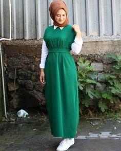 Fashion Modest Fashion Hijab, Modern Hijab Fashion, Muslim Women Fashion, Casual Hijab Outfit, Abaya Fashion, Fashion Dresses, Hijab Evening Dress, Hijab Dress Party, Hijab Style