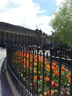 Spring in Edinburgh at the Mound.