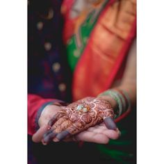 Autumn engagement sessions include the best photoshoot ideas for Engagement. visit Bookeventz.com for more. #enagement #bride #bridalmehndi #marriage #love #cinematography #engaged #engagement #weddingwire #bridesmaidsdresses #bridestyle #preweddingshoot #relationships #lover #modeling #bookeventz #Ringceremony #weddings2021 #engagementshoot #coupletobe #ringdesigns #weddingideas #bookeventzblog #ideasblog #uniquecouplepose #ringshoot #mumbaiphotographers Candid Photography, Engagement Photography, Wedding Photography, Fall Engagement, Engagement Shoots, Ring Shots, Bridal Mehndi, Best Wedding Photographers, Couple Posing