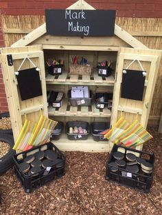 Outdoor Learning Spaces, Kids Outdoor Play, Outdoor Play Areas, Outdoor Playground, Eyfs Outdoor Area Ideas, Playground Design, Playground Ideas, Reggio Inspired Classrooms, Reggio Classroom