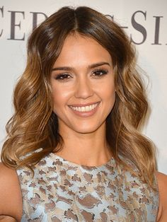 The top 6 no-makeup makeup looks: Fluttery lashes, like Jessica Alba's, are as flirty as full-on smoky eyes—without all that dark, dramatic shadow