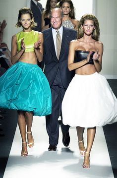 The man behind the house: The Oscar de la Renta exhibition in San Francisco http://ift.tt/1R5bBIi #VogueParis #Fashion