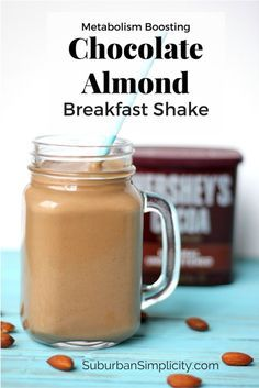 Start your day healthy and satisfied with a metabolism boosting Chocolate Almond Breakfast Shake! Delicious and easy to make. Start your day healthy and satisfied with a metabolism boostingchocolate almond breakfast shake! Keto Breakfast Smoothie, Keto Smoothie Recipes, Shake Recipes, Healthy Smoothies, Healthy Drinks, Healthy Recipes, Healthy Breakfast Shakes, Nutrition Drinks, Keto Recipes