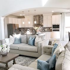 modern living room in living room room living room furniture room layout ideas and white living room living room decor room rugs Glam Living Room, Living Room Modern, Rugs In Living Room, Home And Living, Living Room Furniture, Living Room Designs, Couch Furniture, Small Living, Room Rugs