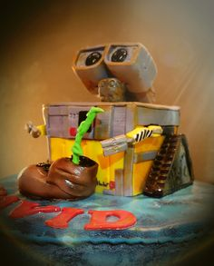 Wall-E Wall E, Cake Toppers, Cakes, Pastries, Torte, Cookies, Animal Print Cakes, Layer Cakes, Cake