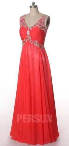 Robe de soirée corail rose pastèque taille Empire ornée de strass exquis