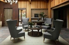 Old Home Remodel, Home Remodel Costs, Luxury Homes Interior, Home Interior, Modern Log Cabins, Safari, Brown Leather Chairs, Beautiful Interior Design, Living Room Remodel
