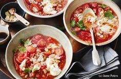 Veganer Tomaten-Eintopf mit Bulgur und Quinoa