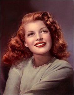 Rita Hayworth's hair | 1940s vintage hairstyles | 40s hair, make up + beauty