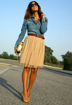 Long sleeve denim shirt, knee-length skirt and heels with golden toes