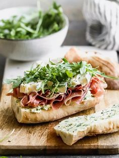 This classic French Baguette Sandwich, a Jambon Beurre Sandwich is layered on a French baguette with prosciutto, herbed butter, brie, and peppery arugula. Brie Sandwich, Picnic Sandwiches, Soup And Sandwich, Baguette Sandwich, Gourmet Sandwiches, Steak Sandwiches, French Sandwich, Turkey Sandwiches, Salad Sandwich