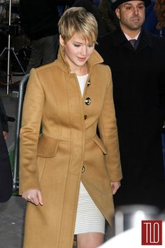 "Jennifer Lawrence in Burberry and Thakoon on ""Good Morning America"" 