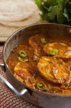 Kerala Egg Curry With Coconut Milk (Nadan Mutta Curry) Recipe Veg Recipes, Curry Recipes, Indian Food Recipes, Vegetarian Recipes, Dinner Recipes, Cooking Recipes, Ethnic Recipes, Cooking Games, Kerala Recipes