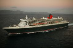 Queen Mary 2 at sea.