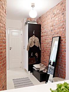 entry & bricks