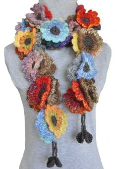 Flower scarf very cool crochet Col Crochet, Crochet Flower Scarf, Crochet Motifs, Crochet Scarves, Crochet Shawl, Crochet Clothes, Crochet Flowers, Crochet Hooks, Crochet Patterns