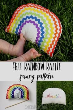 Sew a sweet ric rac rainbow baby rattle with this free baby sewing pattern! Full photo tutorial to make a handmade baby toy, great sewing project for beginners. Easy Sewing Projects, Sewing Projects For Beginners, Sewing Hacks, Sewing Tutorials, Tutorial Sewing, Sewing Ideas, Sewing Crafts, Sewing Toys, Baby Sewing